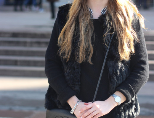 MFW: LOOK3 - Flared pants and layering. The last day in Milan was just beautiful, so that I could wear only my fake fur vest instead of a winter jacket...