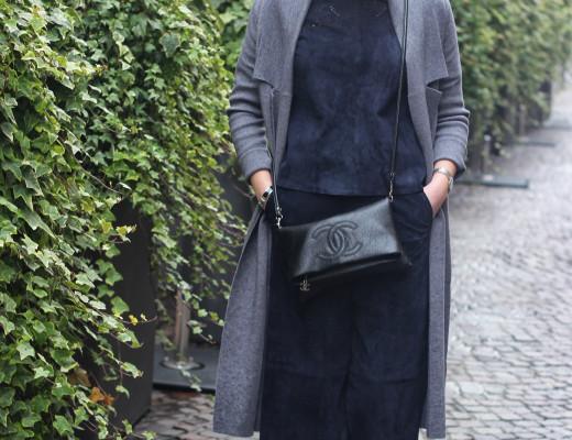 Leather all over: anlässlich der Vivetta Runway Show während der Milan Fashion Week, habe ich meinen Wildleder-Komplettlook getragen. #mfw #leatherallover