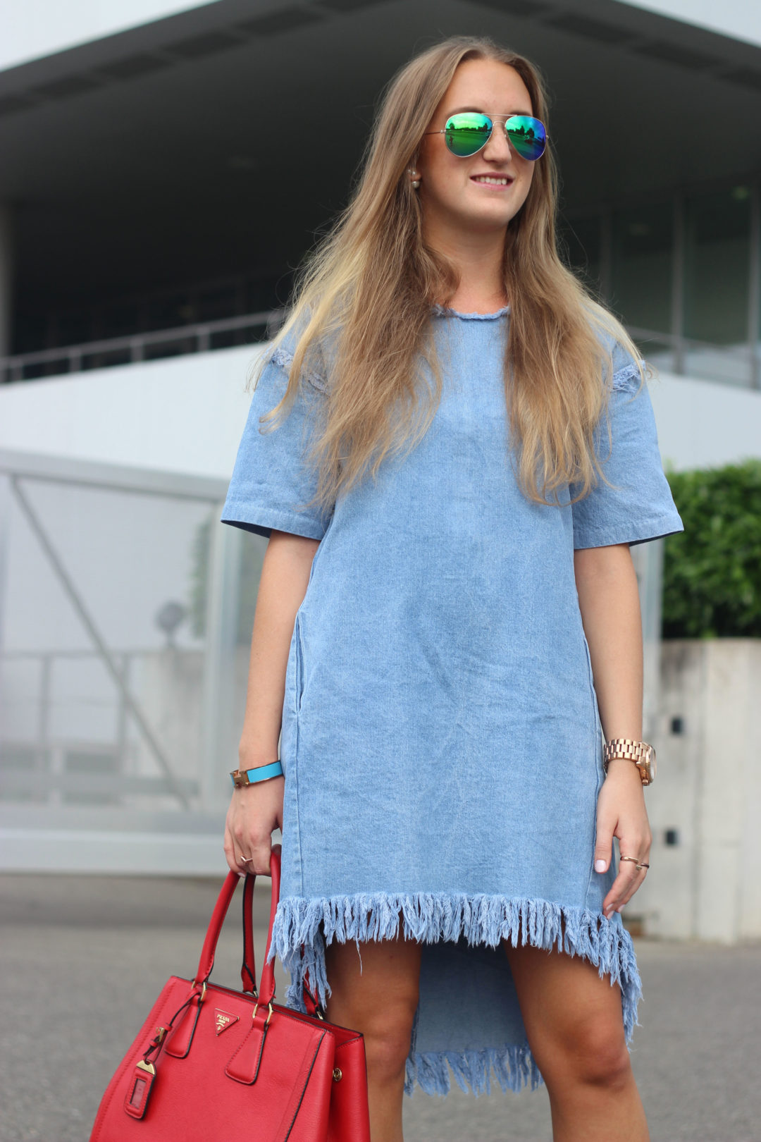 All about denim: denim is everywhere...therefore, every fashionista updated her closet with new denim pieces - like me too. I got my first jeans dress...@wmbg