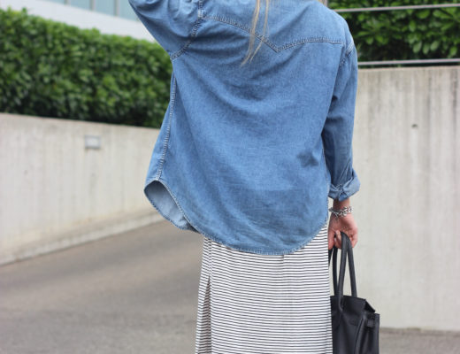Long dress with stripes: Clothes with stripes occupy a big part of my closet and now say hello to my new newest member: the long dress with stripes - @wmbg