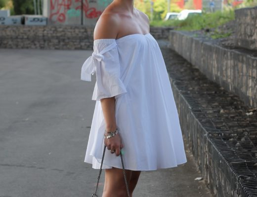 Off shoulder and Adiletten - Summer without off shoulder? Unbelievable! Therefore it was about time to wear my white off shoulder dress. I found it last...@wiebkembg