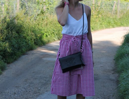 Vichy skirt - Vicky checks conquered the fashion world already and now I got caught too! It doesn't took me long to decide between buying a shirt or a skirt...@wiebkembg