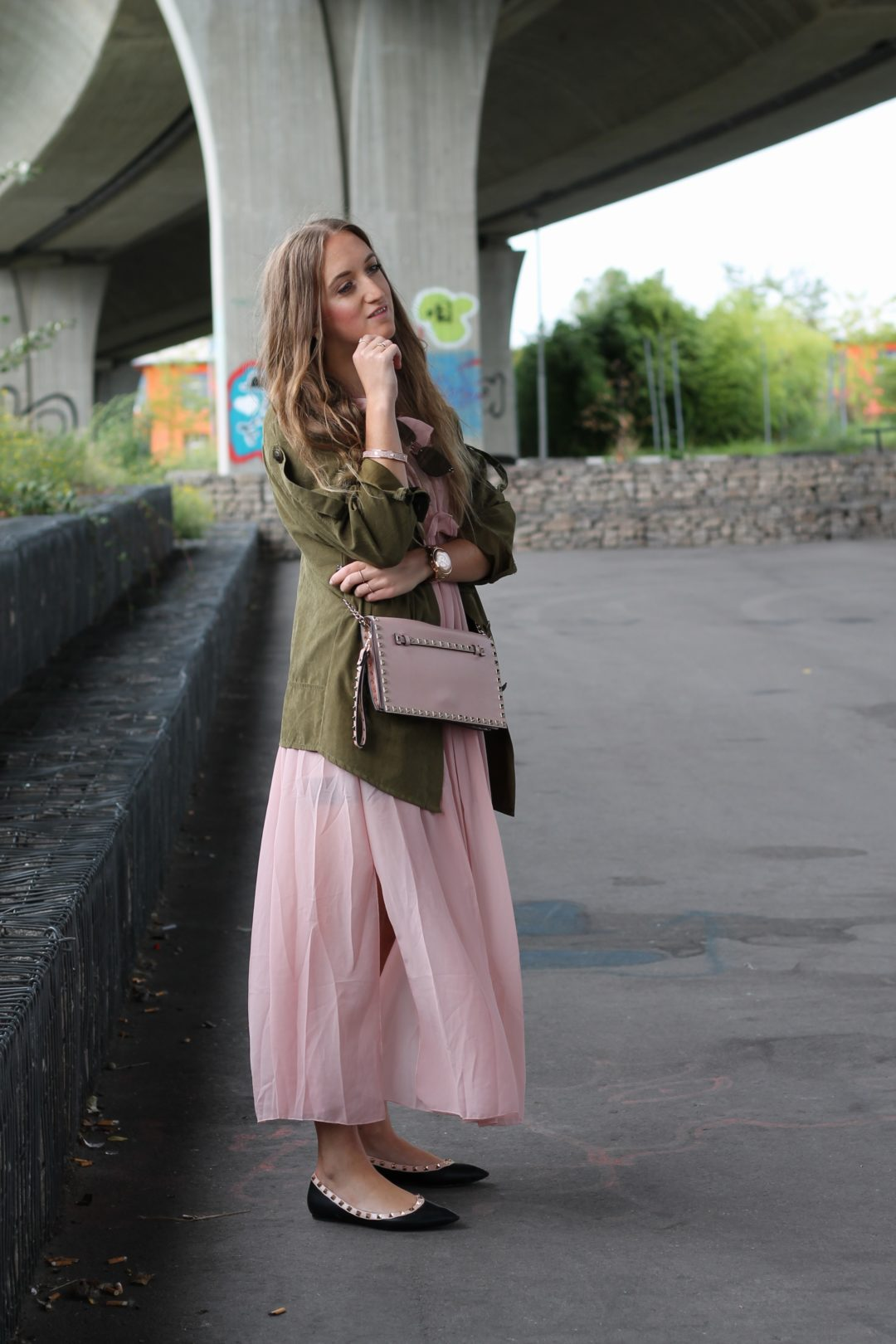 Long dress and parka - The hot summer days are over and with this also the wearing of short summer dresses...as an alternative I love to wear long dresses @wiebkembg