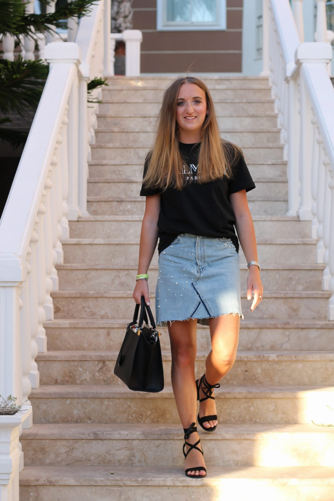 Balmain shirt and jeans skirt - Time for the second last vacation outfit! I am pretty sure you all know my white Balmain shirt (I loooove wearing it) and...@wiebkembg